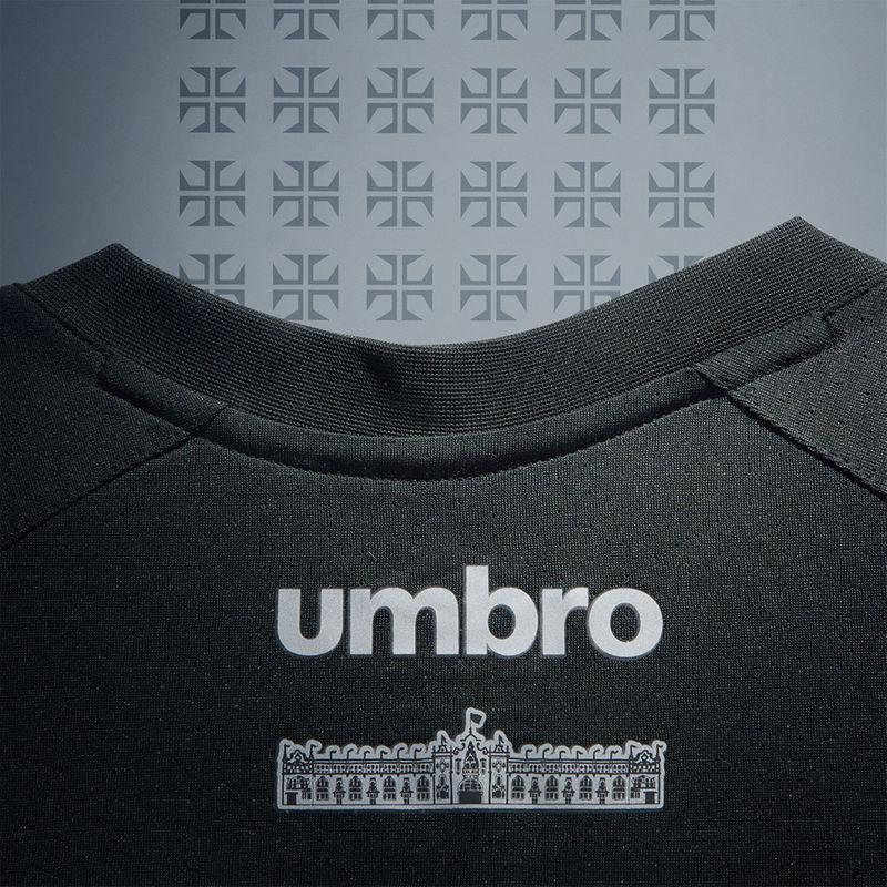 65895113a2bde Vasco começa pré-venda de terceira camisa da Umbro  Veja detalhes ...