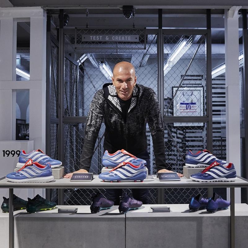 7dacdb3cc356c Zidane estará presente no lançamento oficial da chuteira, em Paris  (Divulgação)