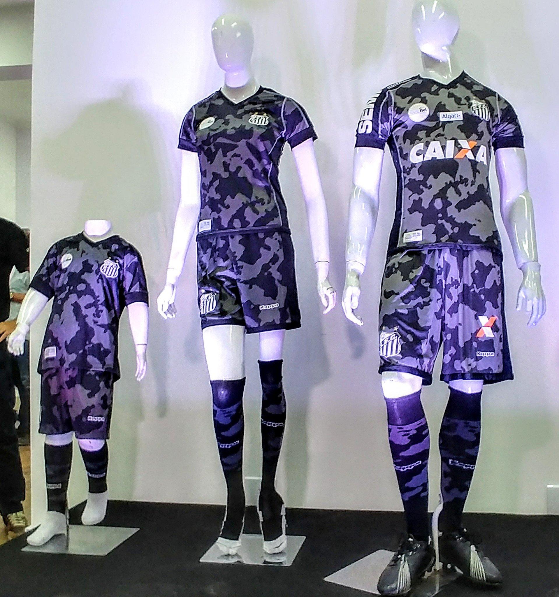 Santos lança terceiro uniforme e torcida detona na web - UOL Esporte b529f24cf30f7