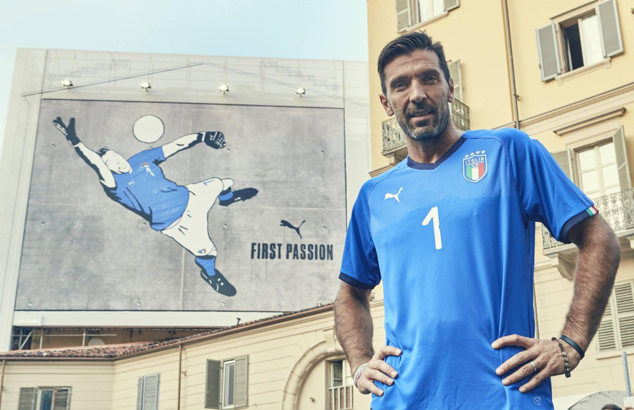 Itália lança uniforme que pretende usar na Copa. Mas ainda falta a ... e0496b20c8e17