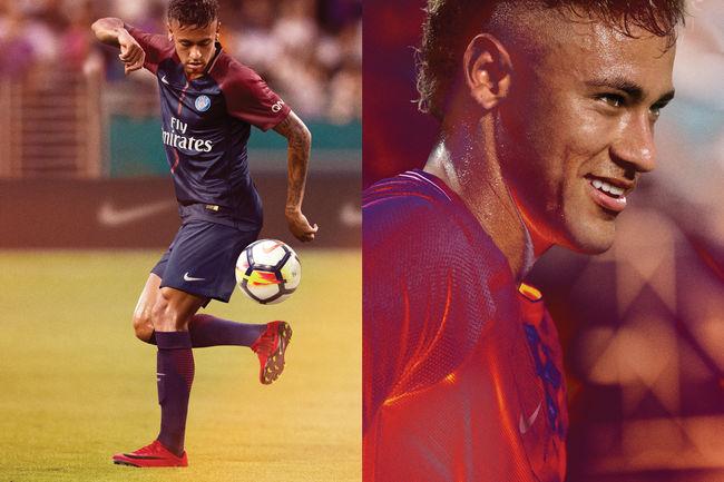 d45b81d9cb11b A Nike lançou novas chuteiras inspiradas nas estrelas Neymar e Cristiano  Ronaldo. A empresa de materiais esportivos destacou o sangue quente do  atacante do ...