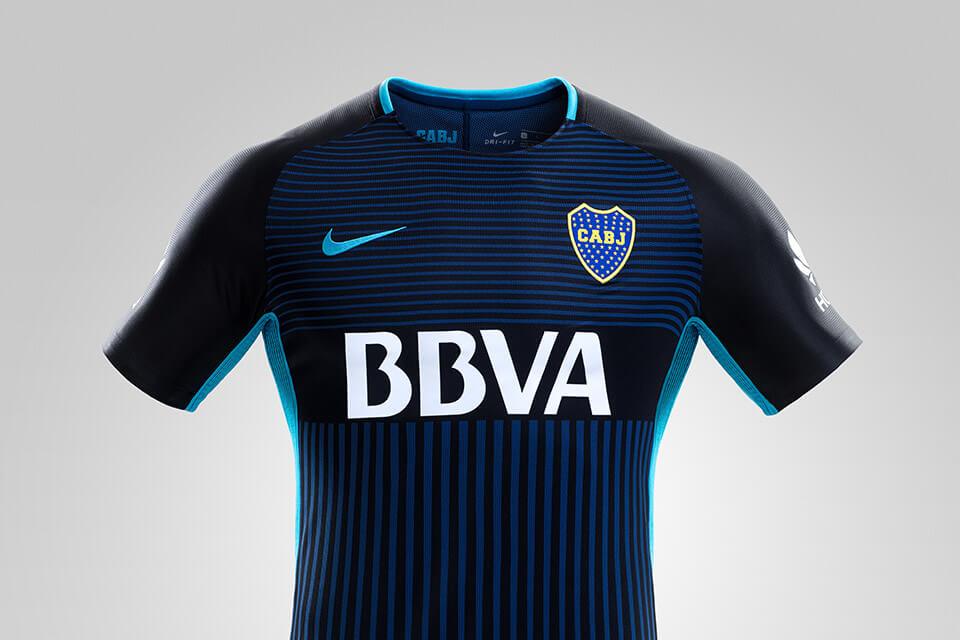Novo terceiro uniforme do Boca Juniors deixa de lado cores ... 16a29039c4201