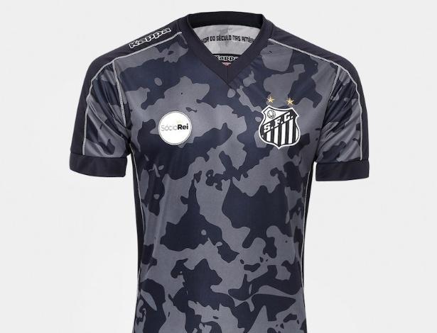 vocês estão loucos   kkkkkkkkk fazendo camisa igual o terceiro uniforme do  Santos   fa8d3ebf7cbca