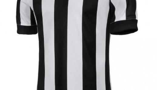 247d4cc6c315d Juventus lança edição limitada de uniforme retrô para comemorar 120 anos -  UOL Esporte