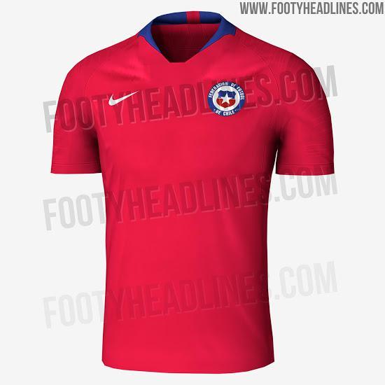 A camisa número um é vermelha e tem poucos detalhes na cor azul. Já a camisa  número dois é mais diferente  branca com listras finais azuis e vermelhas. 3ab190bc10180