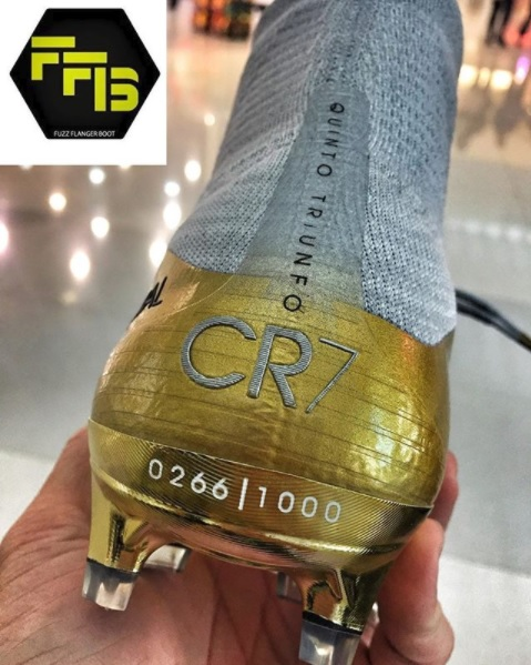 4eb251f40a Suposta chuteira especial de Cristiano Ronaldo (Reprodução FuzzFlangerBoot)