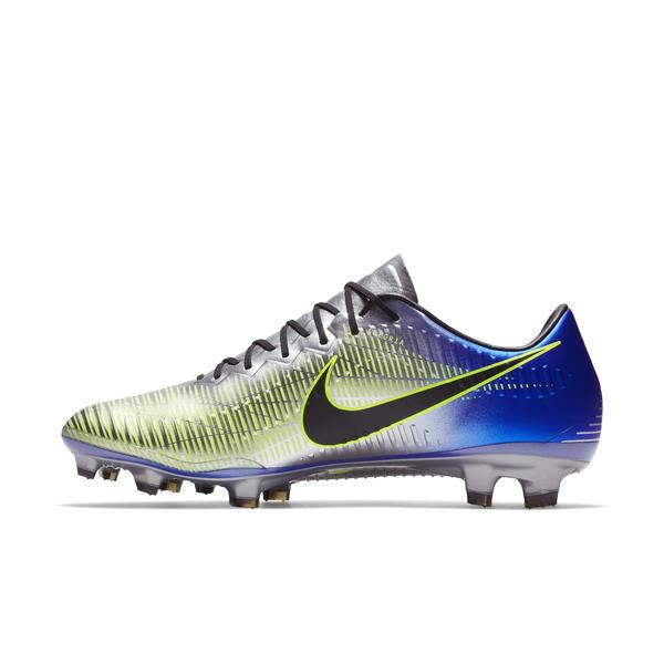 1bda1e4edb A Nike divulgou nesta quinta-feira imagens da nova chuteira que Neymar  usará no começo de 2018. Com o nome de