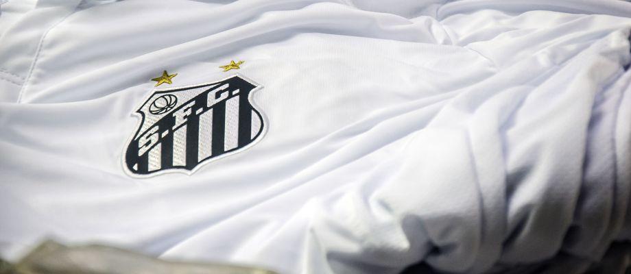 c44fef43e07e5 Santos já tem data para lançar novos uniformes da Umbro - UOL Esporte