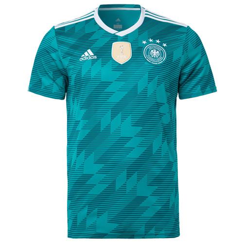 6e3b02132a Camisa número 2 da Alemanha para a Copa do Mundo de 2018 é lançada ...