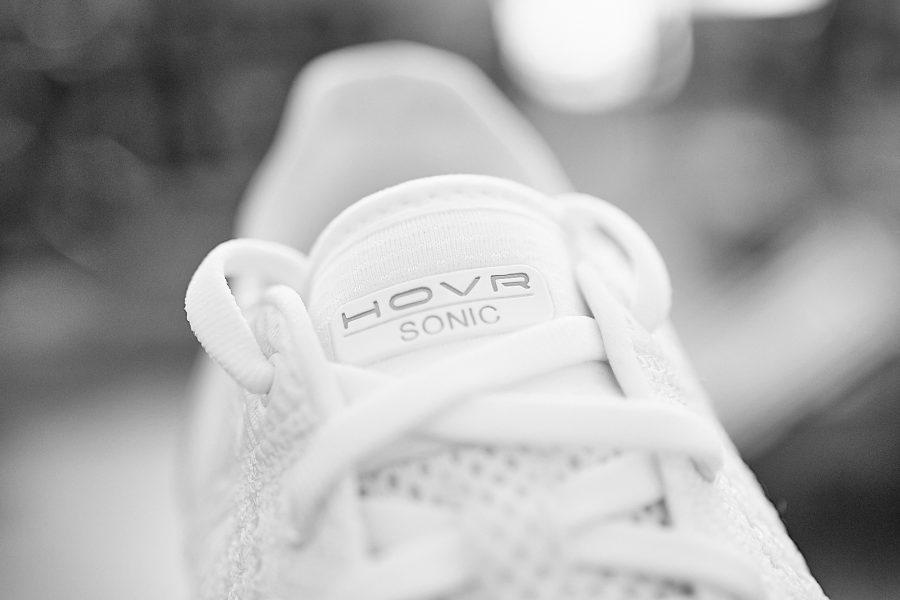 Nova tecnologia coloca Under Armour em patamar acima em tênis de ... b0f41d00b9087