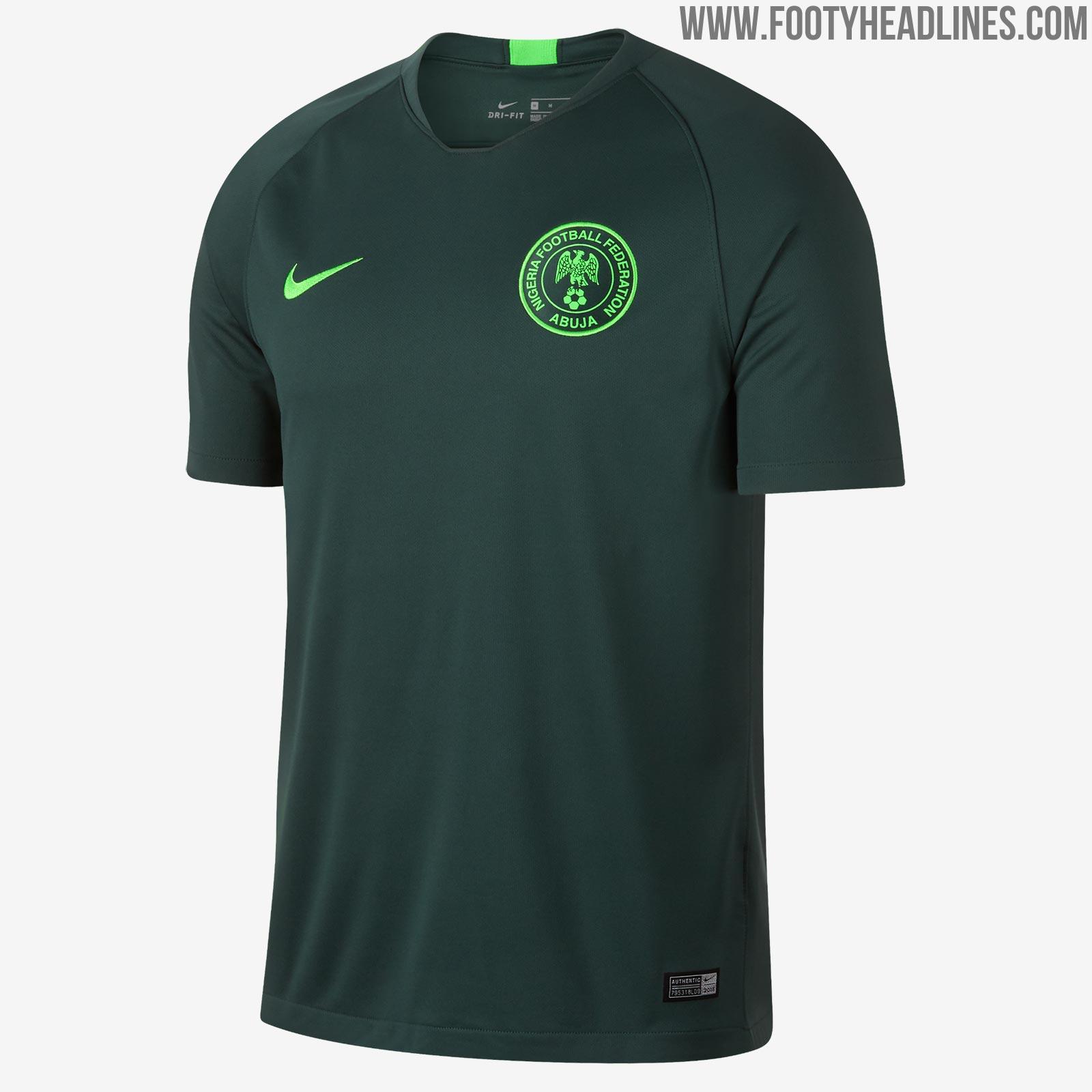 Uniforme reserva da Nigéria para a Copa de 2018 (Reprodução Footy Headlines) f29d9b27a4328
