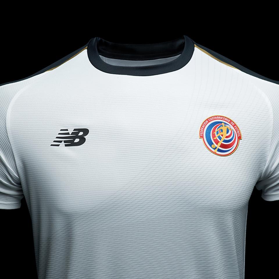 Costa Rica terá segundo uniforme que homenageia campanha na Copa de ... 4b1c288222381