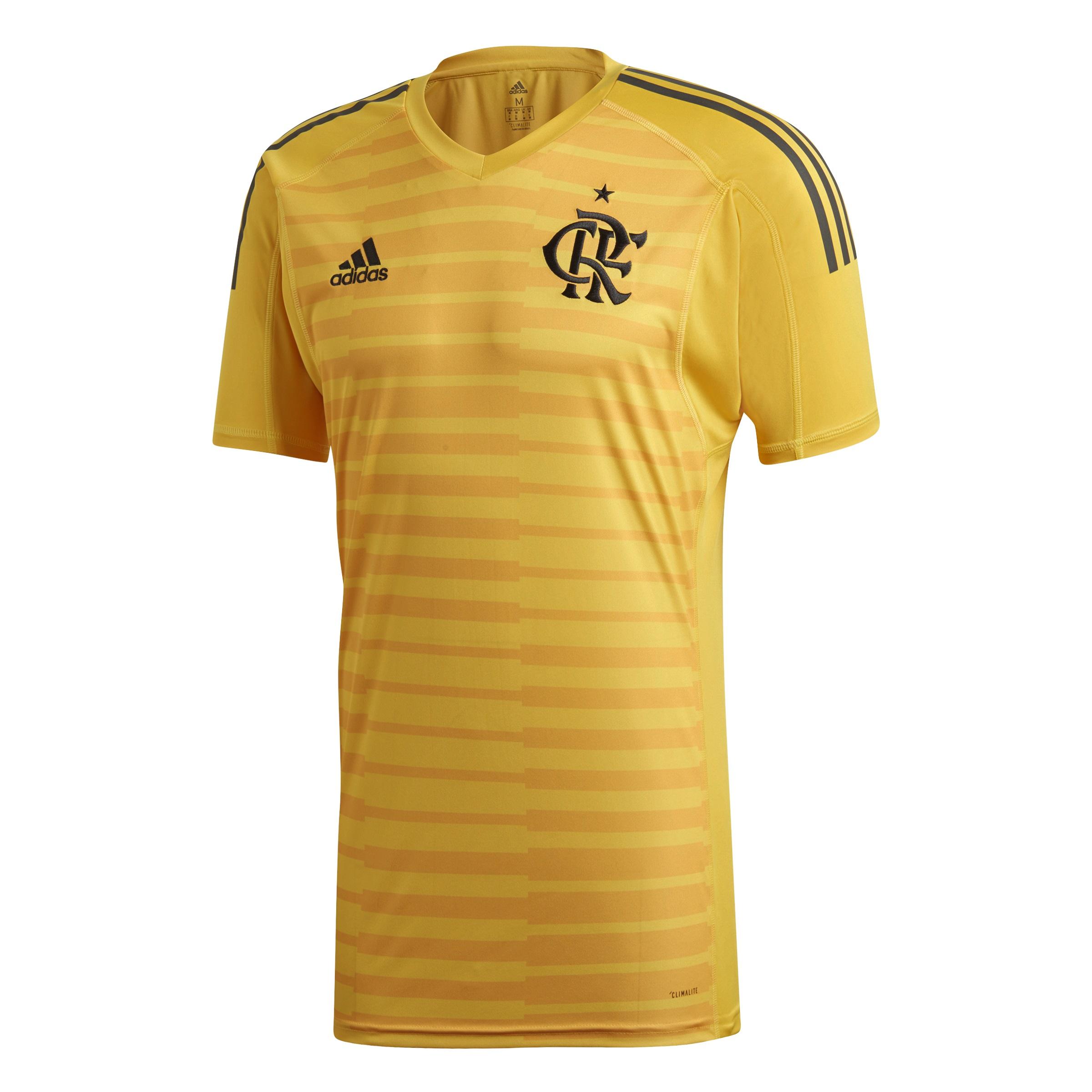 9889dc8dd3 Flamengo estreia camisa amarela de goleiros em jogo neste fim de semana