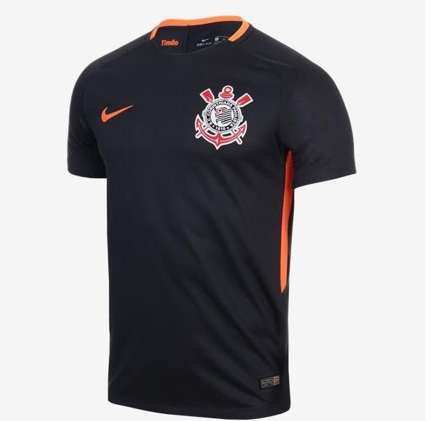 A terceira camisa de 2017 foi uma junção de duas homenagens anteriores  o  cinza escuro da cidade de São Paulo e o laranja do terrão 0e9221f401cdb