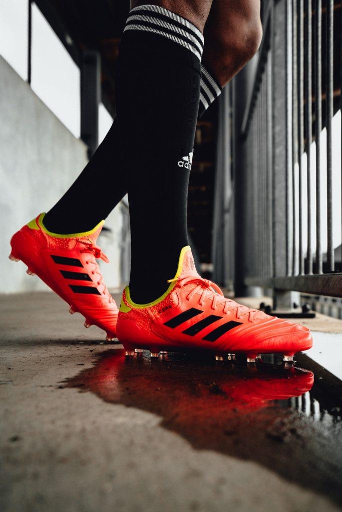 c6a1ea724d205 Adidas divulga chuteira exclusiva de Messi e modelo de Firmino para ...