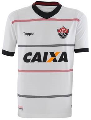 Confira abaixo as imagens das novas camisas do Vitória produzidas pela  Topper  uniforme principal (vermelho e preto) 0866eb4ade3f0