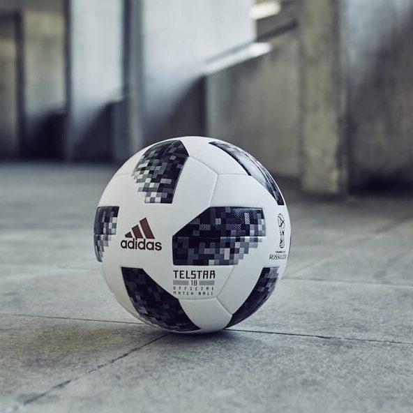 c5d1f9669a Uma Copa com duas bolas não é inédito. Em 2014
