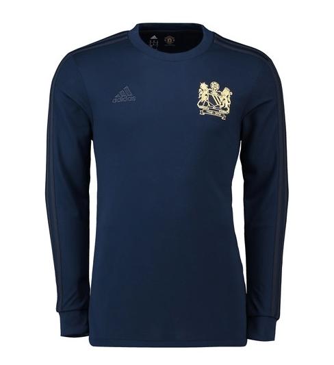 4d11f8e854 Manchester United lança camisa azul para celebrar título da Champions de 68