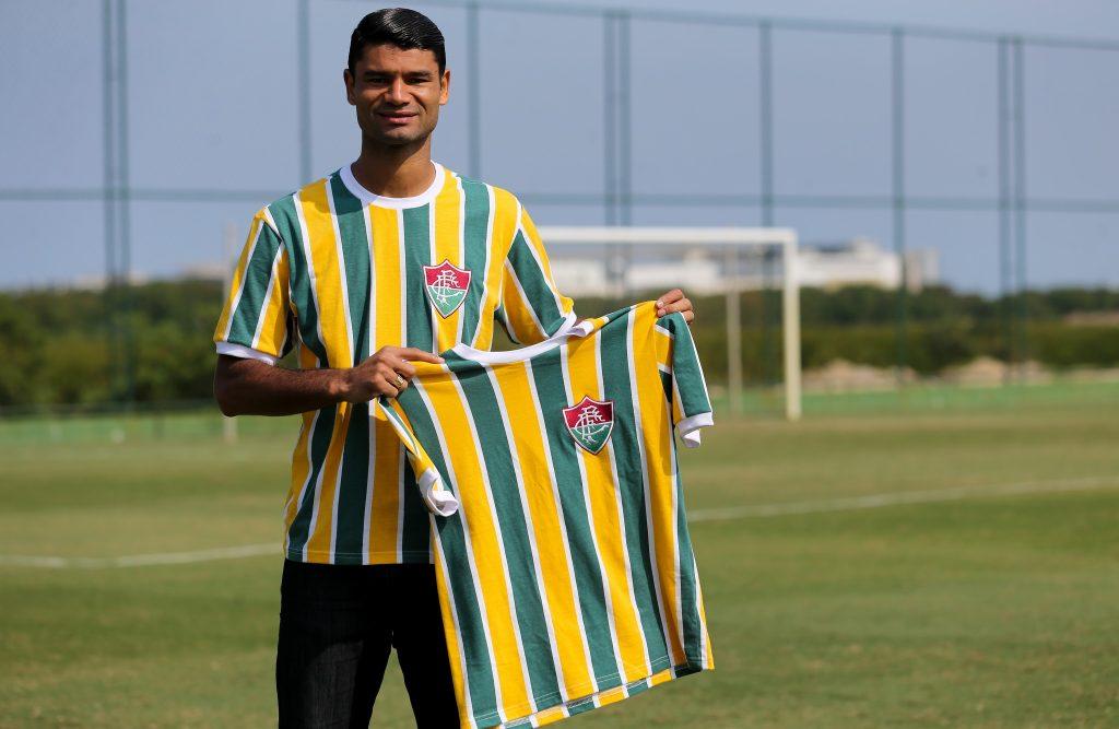 Flu homenageia seleção brasileira de 1916 em camisa retrô para a Copa 2018 e25483a2260df