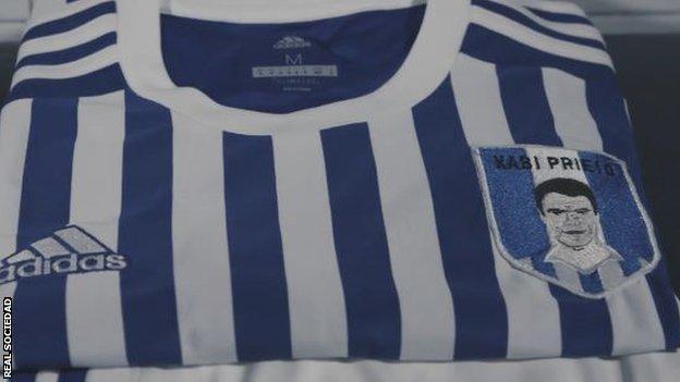 298f8ae8d1 A Real Sociedad usará uma camisa inusitada na rodada do Campeonato Espanhol  deste final de semana