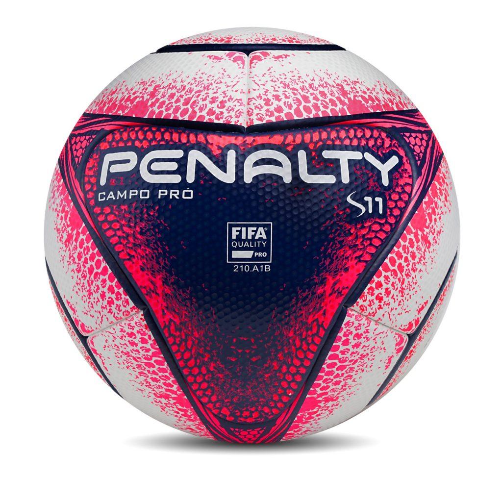 51070aeb7a Como única bola brasileira padrão Fifa é produzida no interior da ...
