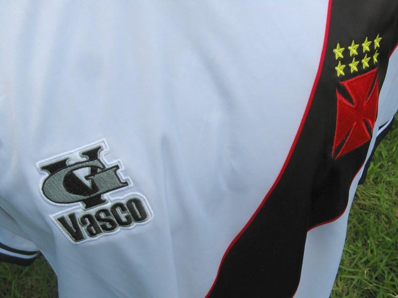 Coritiba não é o único  veja times que fizeram os próprios uniformes ... 6e060f92b5089