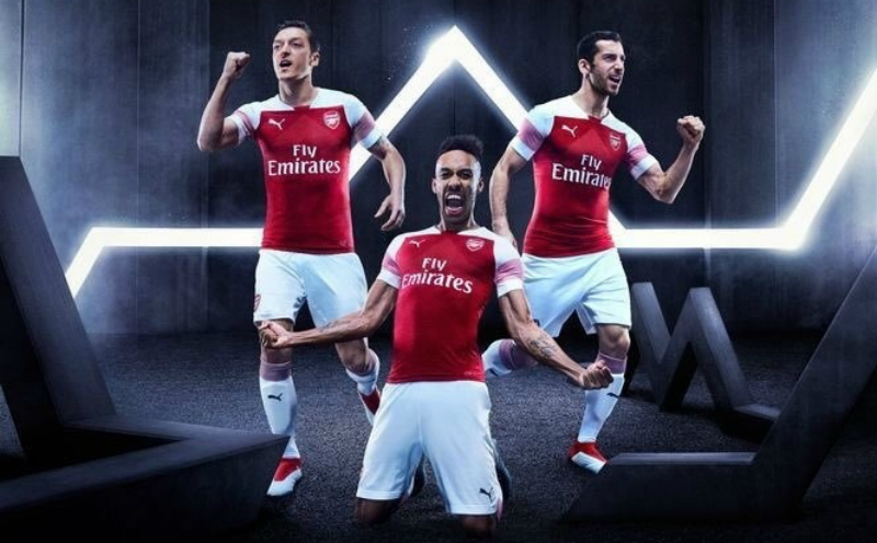 Puma deve fechar com Manchester City e superar Nike na Premier ... b4debbfc3297c