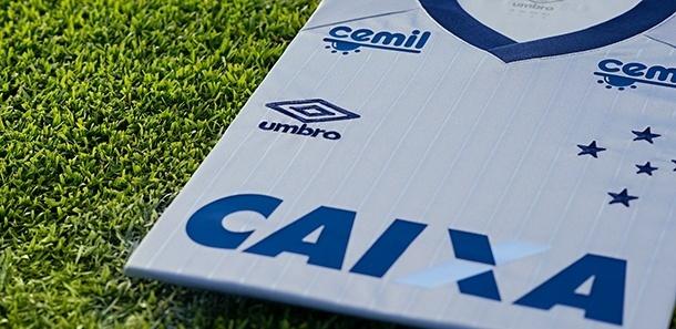 a785875652 Cruzeiro faz associação aos troféus e lança terceiro uniforme na cor ...