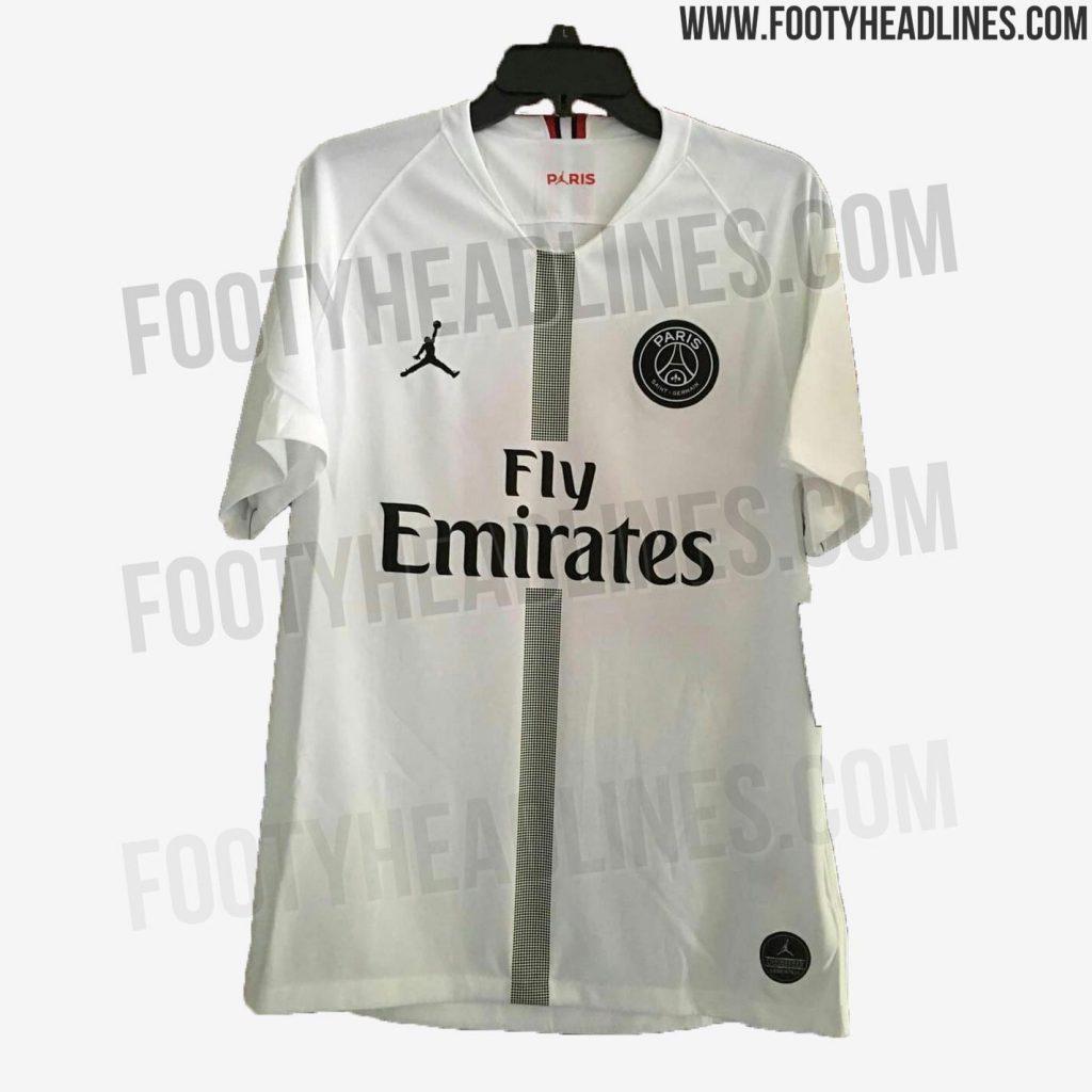 3aa35762d2 Vazam novos uniformes do PSG com a marca que leva o nome de Michael ...