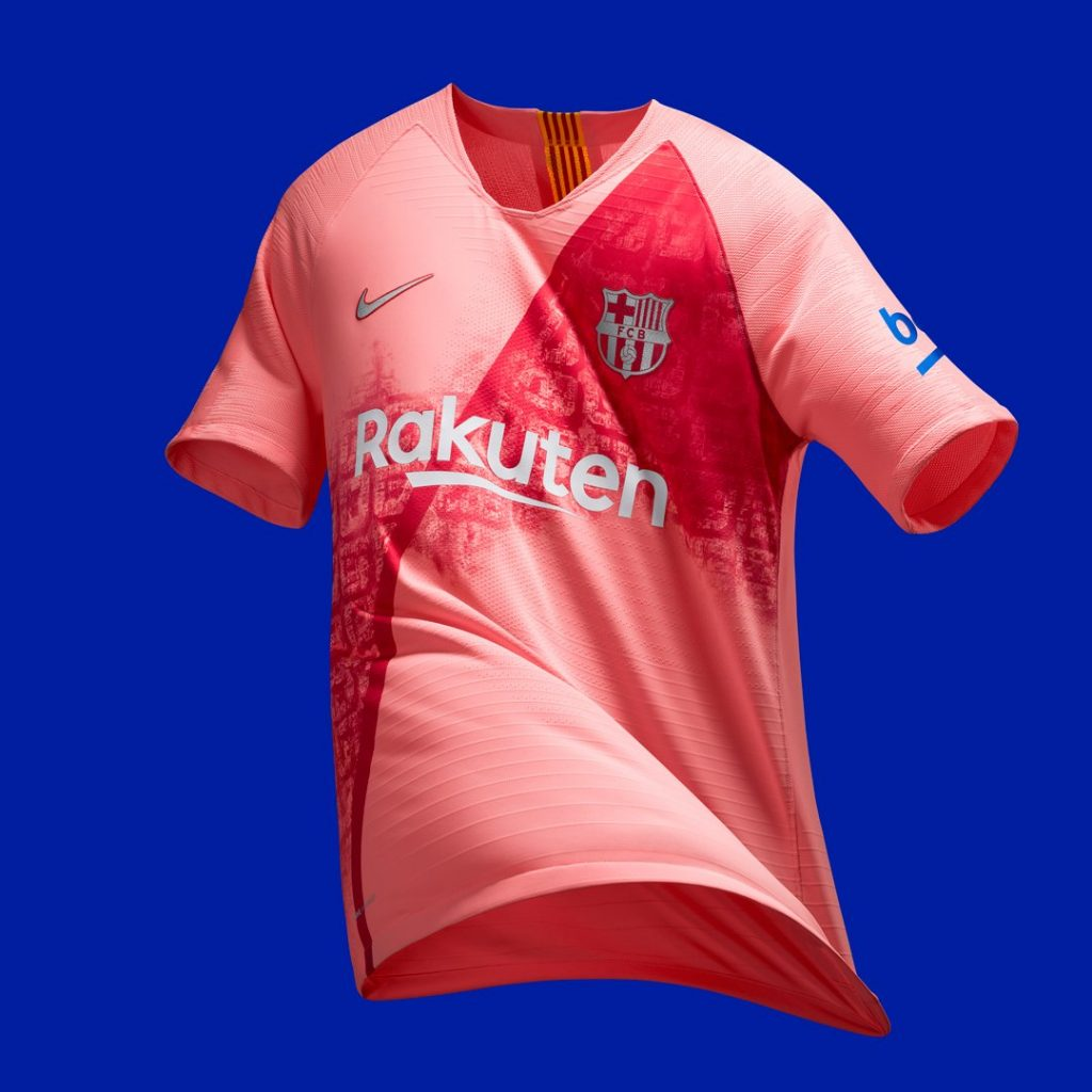 O Barcelona estreará nesta terça-feira (6) seu terceiro uniforme para a  temporada 2018 2019. Lançado em setembro c74fa5e55d649