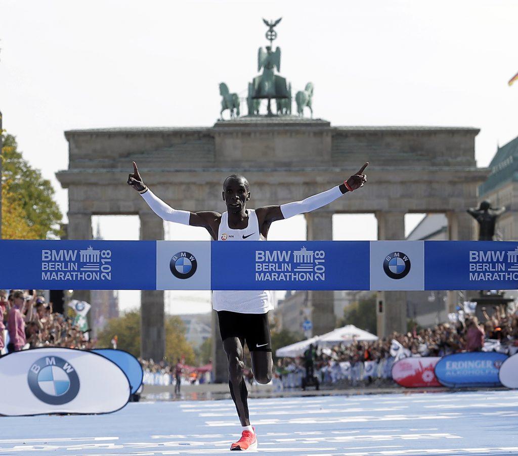 3cfcc6fbe Nike coloca à venda no Brasil tênis de recorde da Maratona de Berlim ...
