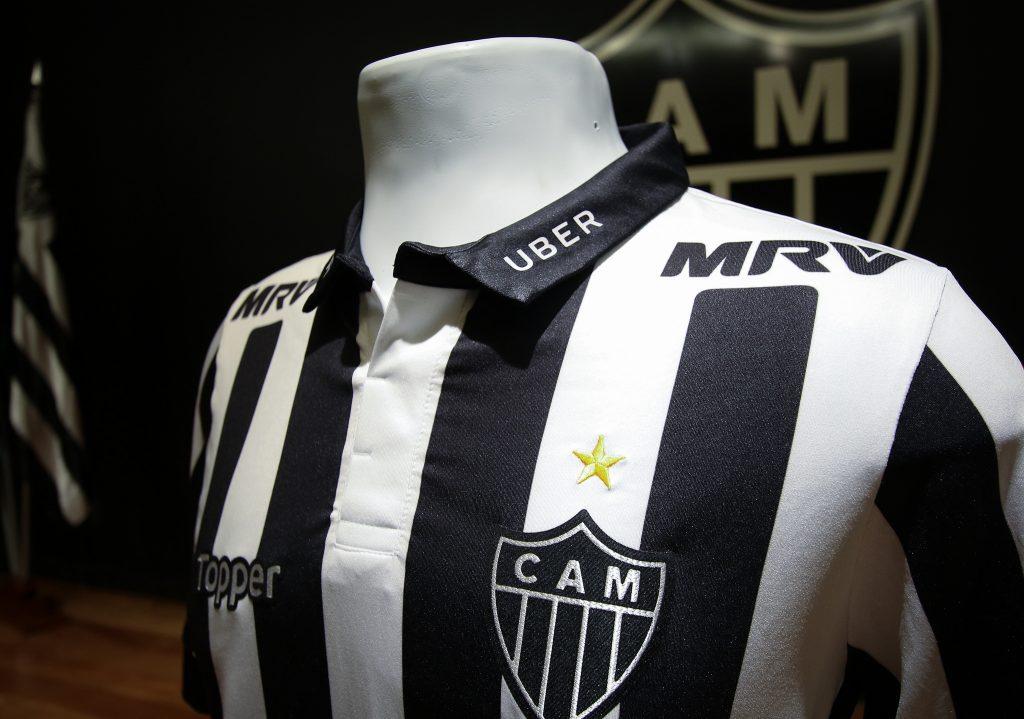 Atlético-MG deve encerrar contrato com Topper e inicia conversa com Adidas 344bc74c67ae8