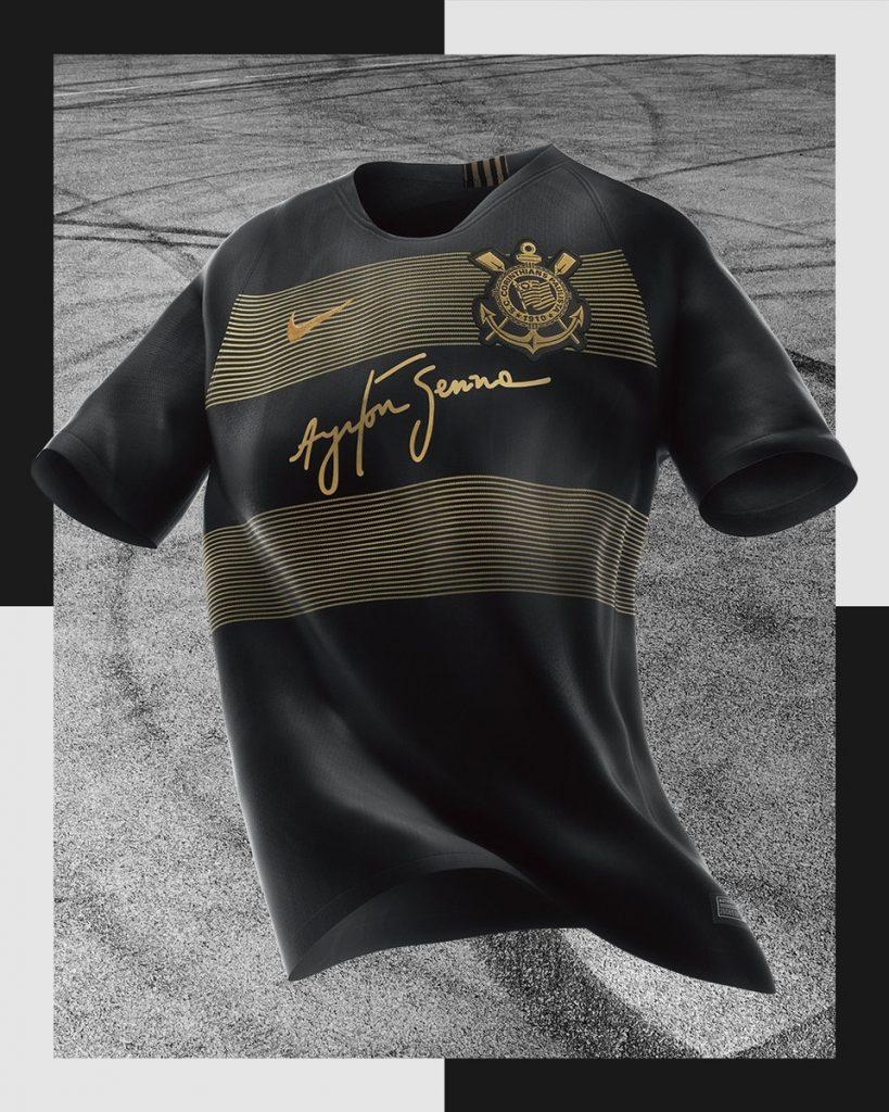 Corinthians esgota estoque de camisas em homenagem a Senna em três dias 28efafd5cb7aa