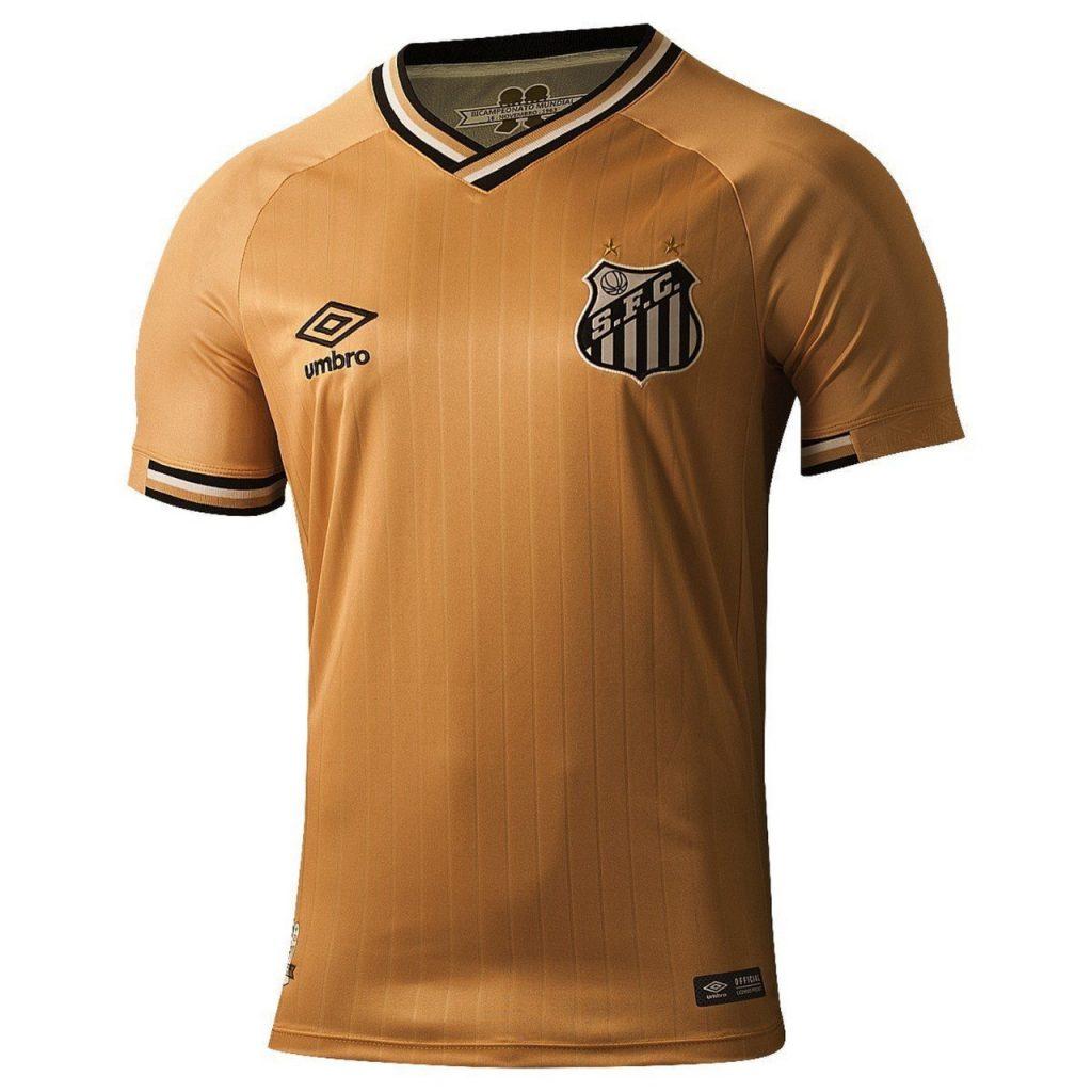 O Santos vai lançar nesta quinta-feira (25) uma nova versão de uniforme a  partir das 19h (de Brasília) d7a4a14bdd008