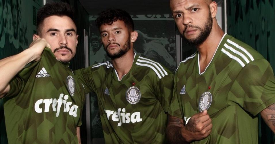 Site  Camisa do Corinthians é 2ª mais bela  Palmeiras entra nas mais ... 155d912c6c6b1