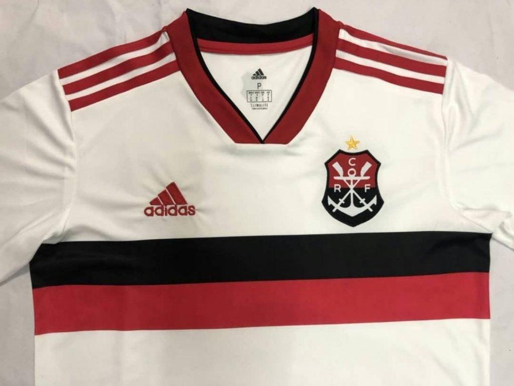 d5b3abdc0a Imagens de possível nova camisa reserva do Flamengo vazam na internet