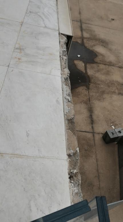 Acabamento incompleto de terraço na arena Forto: Ricardo Perrone/UOL
