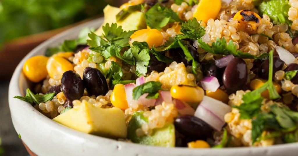 Como montar uma salada deliciosa – até para quem não gosta de salada ... ad6673b1154