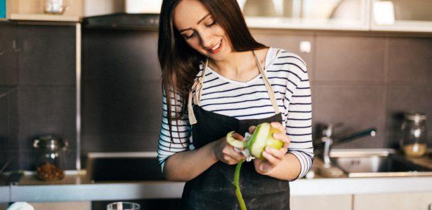 Versátil, da maçã se aproveita até a casca! Veja diferentes usos da fruta - Outracoisa