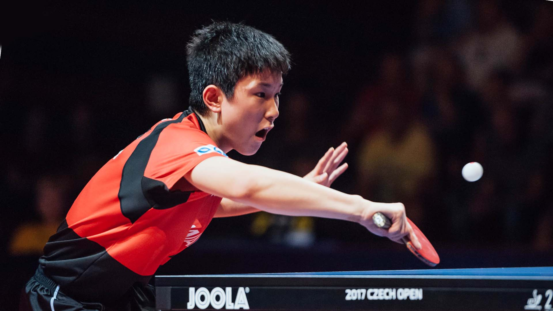 72dd73f22 Japonês de 14 anos bate rival de 36 e é mais jovem campeão do tênis de mesa