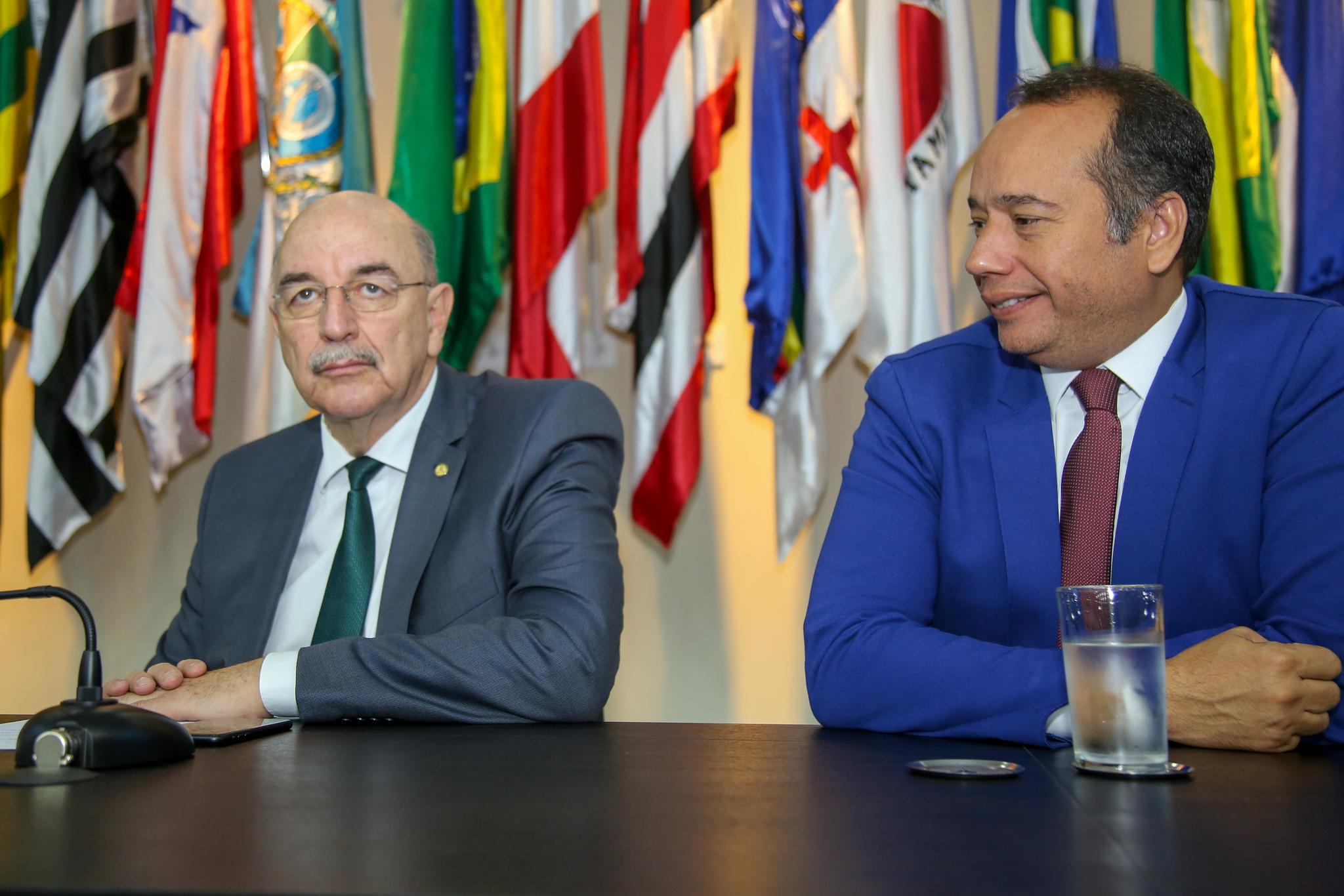 631a8ff0e Luiz Lima ataca ex-ministro por repassar recursos a secretaria que assumiu