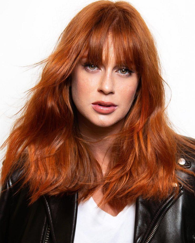 Novo longo   cabelo comprido fica mais moderno com este corte  inspire-se 284fac366c