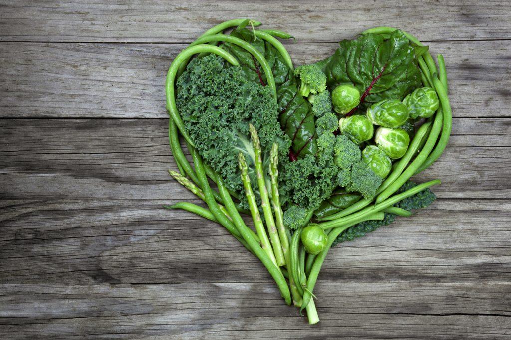 Resultado de imagem para Vegetais verdes escuras