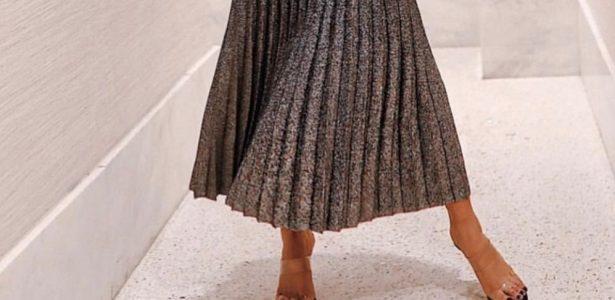 04e4e1cb2 Sandália com tiras transparentes é tendência do verão  veja como usar -  Blog da Ana Aoun - UOL