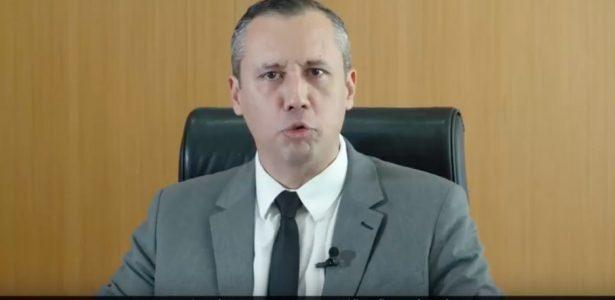 Copiou ministro de Hitler | Trevisan: É a 1ª vez que Bolsonaro reage com demissão a discurso extremista