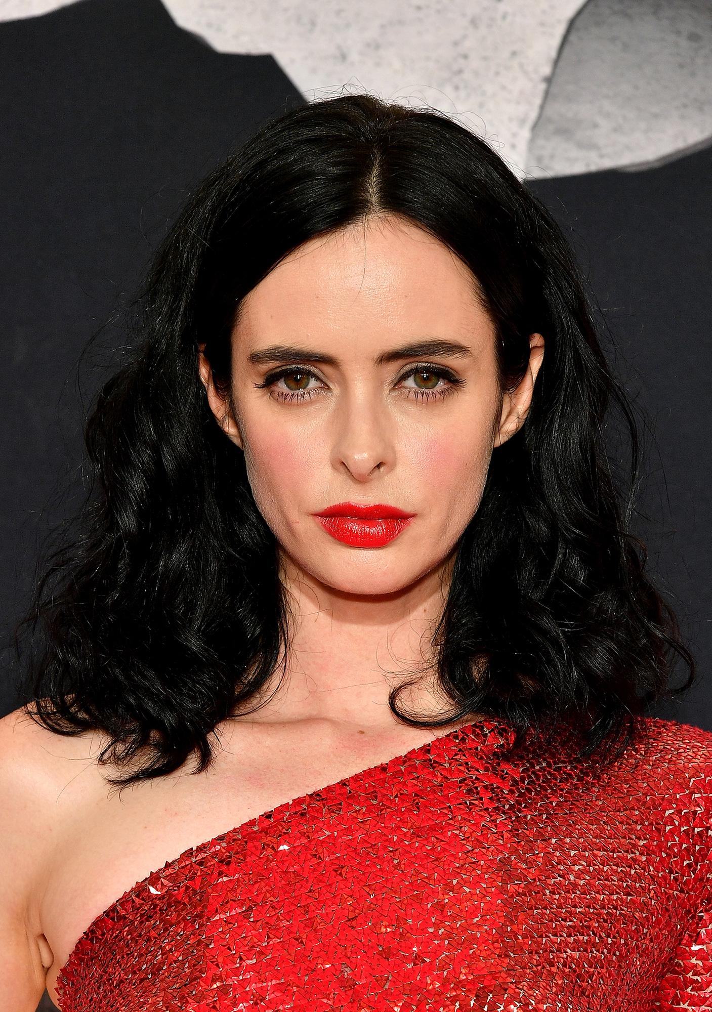38b28f8dee Confira 10 ideias de maquiagem para usar com vestido vermelho - Tudo ...