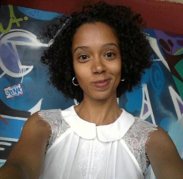 A professora de história Renata da Cunha Moura, de 37 anos, é budista