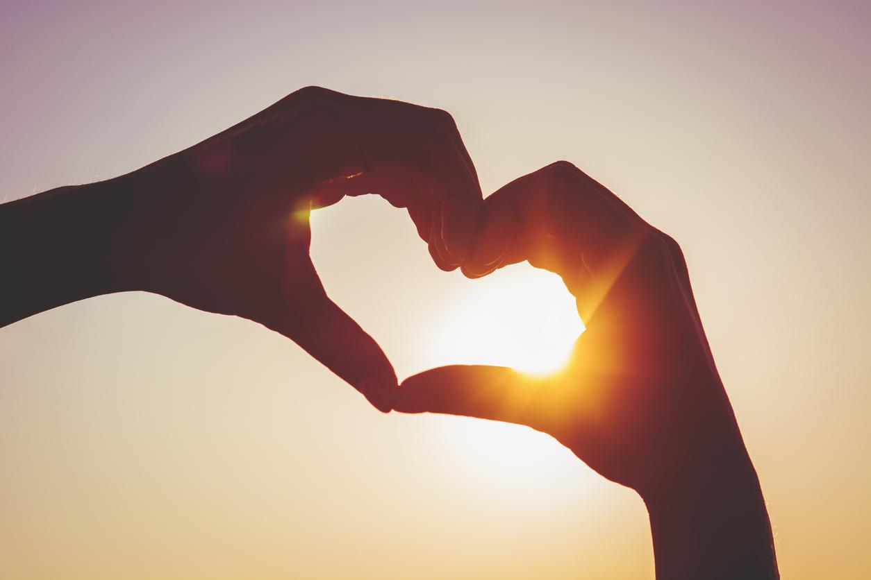 Cardiologistas garantem: a espiritualidade faz um bem enorme ao coração -  UOL VivaBem