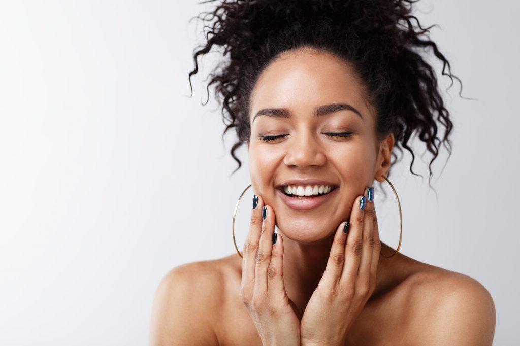 Como manter a pele bem hidratada no verão