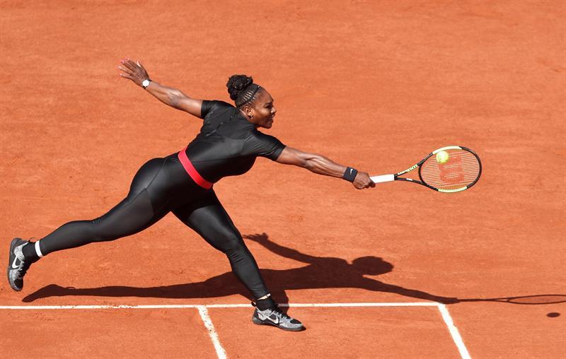 504eebe0e Roupas proibidas e regras ultrapassadas ainda atrasam tênis feminino ...